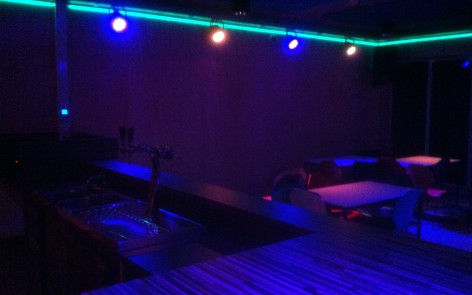 Jongerencentrum Chill Out! Dedemsvaart | BEKHUIS lichtprojecten